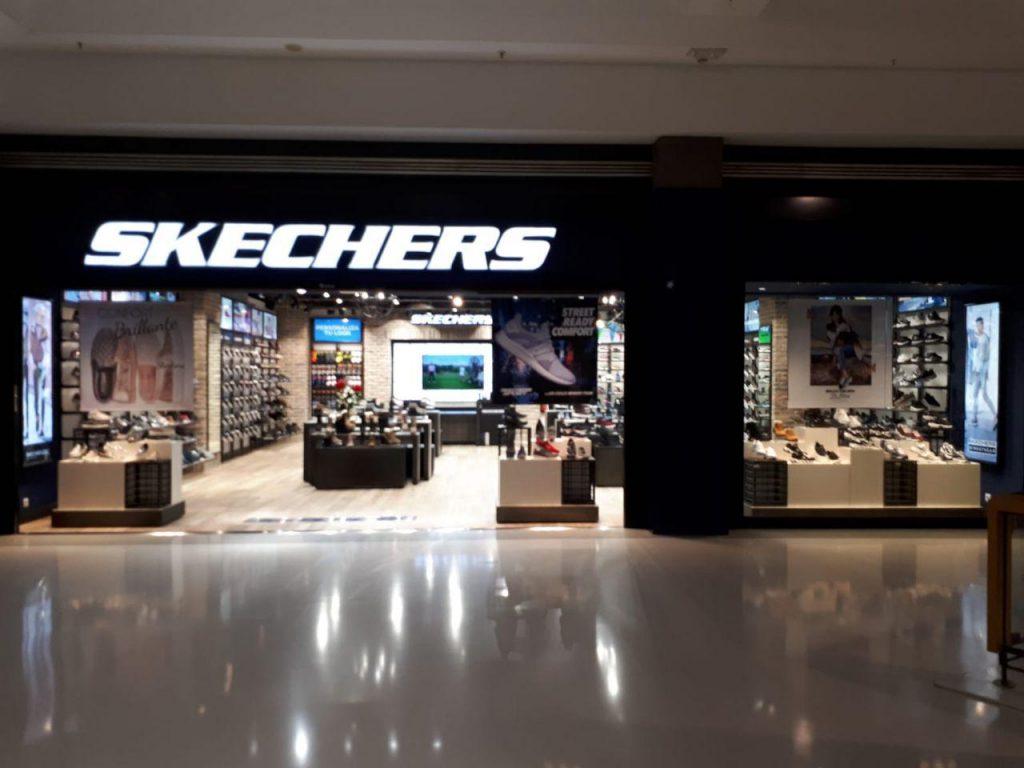 Estrena Vecindario Local Comercial En Atlántico Centro Skechers El d50xPCwdq